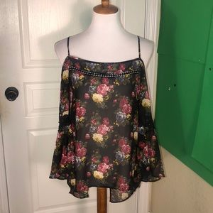 Paper Crane floral off the shoulder blouse small